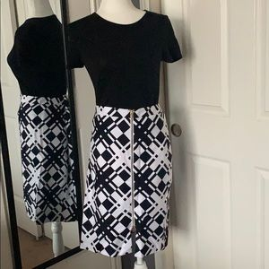 NEW LISTING! Talbots printed skirt